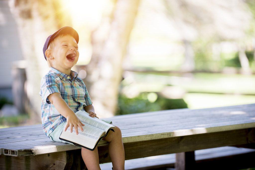 Smeh Pri Branju 1024x683
